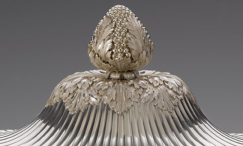Picture: Tureen from the dinner service of Duke Karl II August, detail