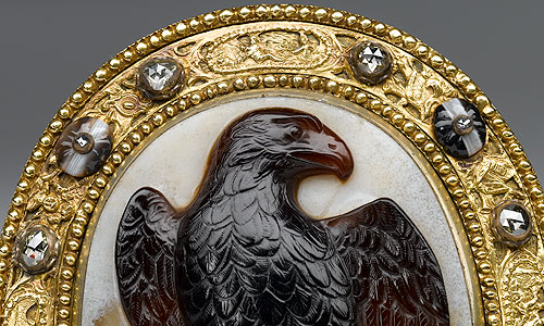 Picture: Box with Hohenstaufen Eagle Cameo, detail